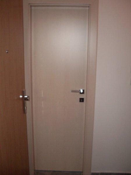 Dvere 65 cm